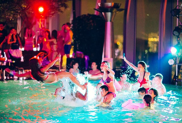 BEST POOL PARTY DESTINATIONS NEAR MANCHESTER